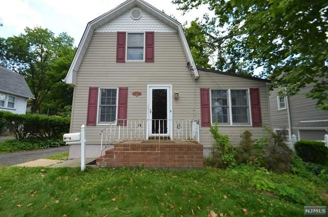 34 Woodrow Place, West Caldwell, NJ 07006 (MLS #1901599) :: William Raveis Baer & McIntosh