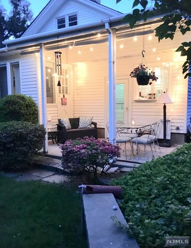 16 Robinhood Avenue, Closter, NJ 07624 (#1901637) :: Group BK