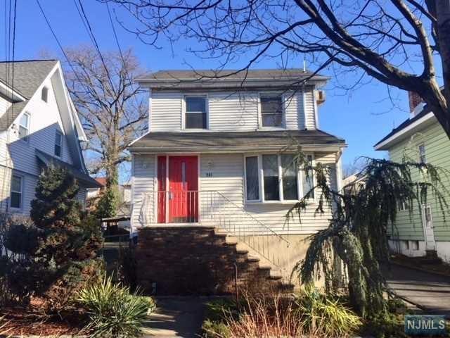 241 4th Street, Ridgefield Park, NJ 07660 (#1902069) :: Group BK