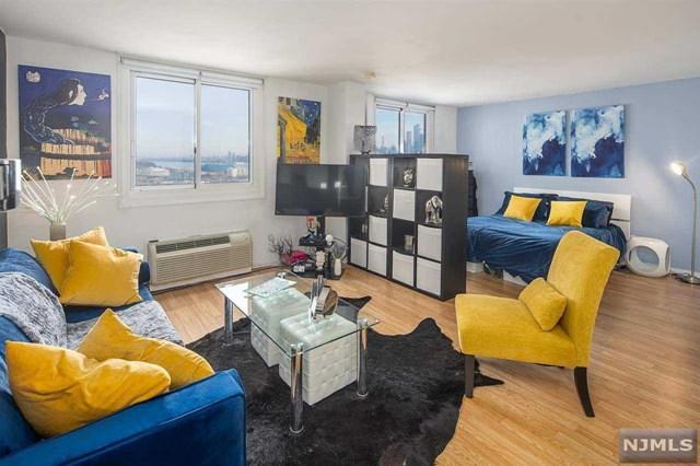 100 Manhattan Avenue 1613S, Union City, NJ 07087 (MLS #1902208) :: Team Francesco/Christie's International Real Estate