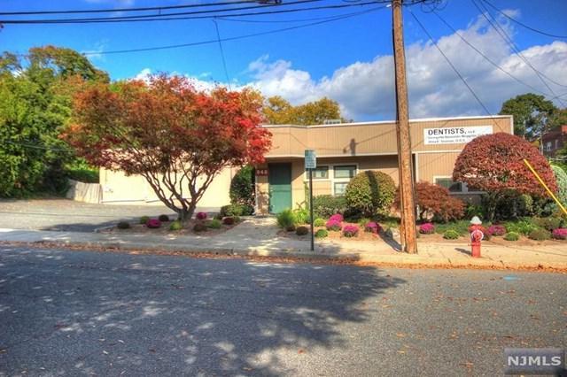 948 Teaneck Road, Teaneck, NJ 07666 (#1902347) :: Group BK