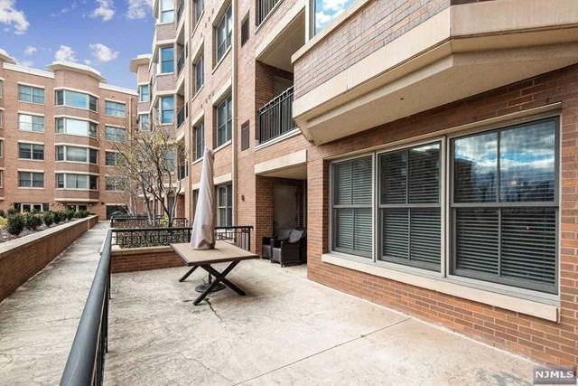 West New York, NJ 07093 :: Team Francesco/Christie's International Real Estate