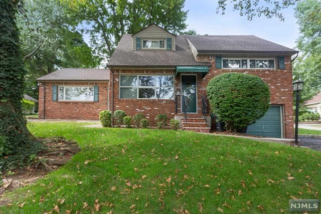 944 E Lawn Drive, Teaneck, NJ 07666 (#1902692) :: Group BK