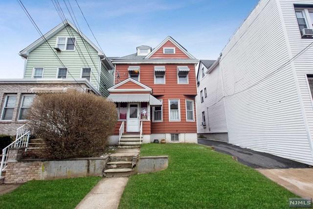 1070-1072 Avenue C, Bayonne, NJ 07002 (#1902726) :: Berkshire Hathaway HomeServices Abbott Realtors