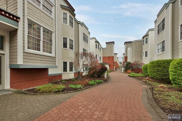 305 The Promenade, Edgewater, NJ 07020 (#1902760) :: Group BK