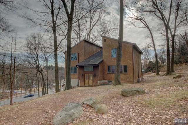 1033 High Mountain Road, North Haledon, NJ 07508 (MLS #1903362) :: William Raveis Baer & McIntosh