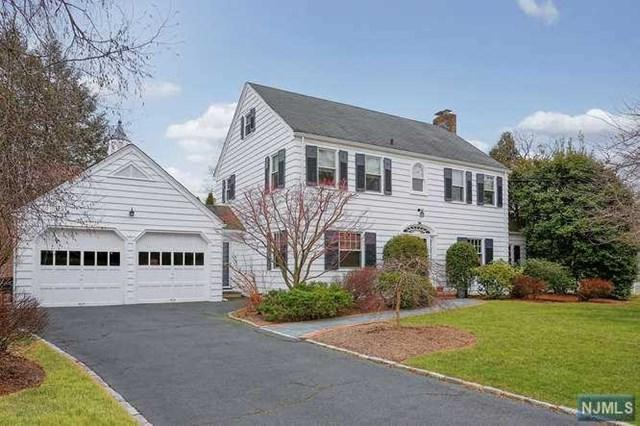 26 Woodland Road, Millburn, NJ 07078 (MLS #1903709) :: Team Francesco/Christie's International Real Estate