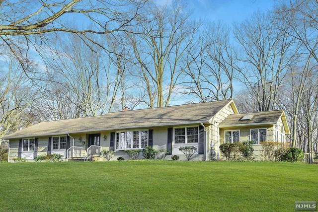 23 Stone Fence Road, Allendale, NJ 07401 (#1903736) :: Berkshire Hathaway HomeServices Abbott Realtors