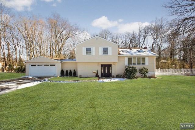 183 W Crescent Avenue, Allendale, NJ 07401 (#1904078) :: Berkshire Hathaway HomeServices Abbott Realtors