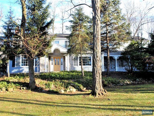 176 Piermont Road, Norwood, NJ 07648 (MLS #1904395) :: William Raveis Baer & McIntosh