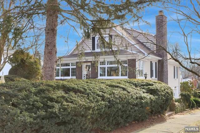 949 Ridgewood Blvd East, Twp Of Washington, NJ 07676 (MLS #1904460) :: William Raveis Baer & McIntosh