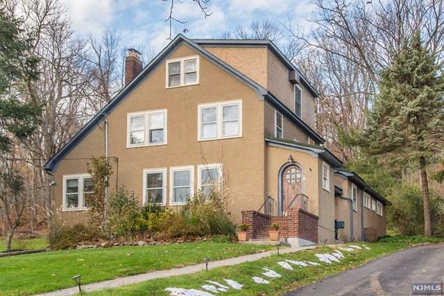 16 Sunnyslope Avenue, Long Hill, NJ 07946 (MLS #1904858) :: Team Francesco/Christie's International Real Estate