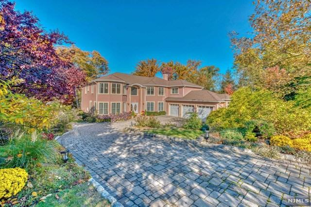 12 Folding Farm Court, Woodcliff Lake, NJ 07677 (MLS #1904904) :: William Raveis Baer & McIntosh