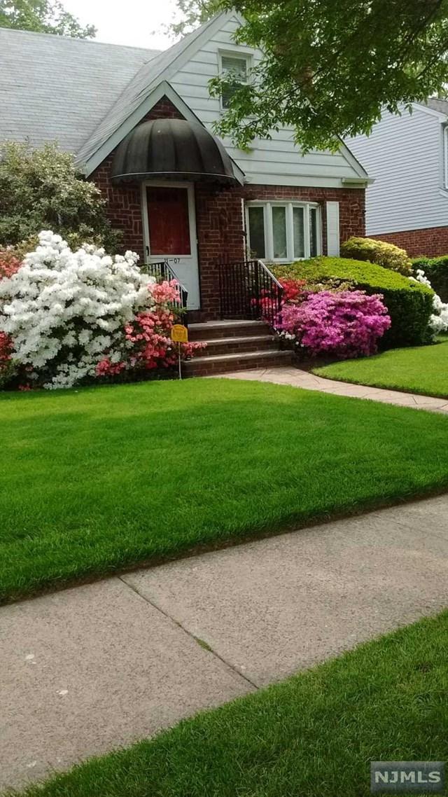 11-07 12th Street, Fair Lawn, NJ 07410 (#1905090) :: Berkshire Hathaway HomeServices Abbott Realtors