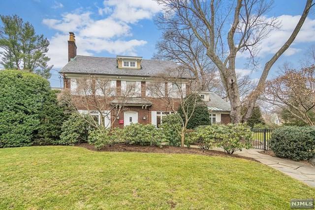 34 Maynard Court, Ridgewood, NJ 07450 (#1905222) :: Berkshire Hathaway HomeServices Abbott Realtors