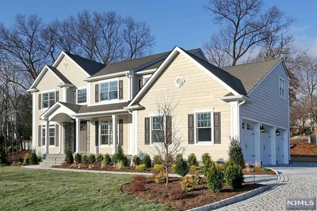8 William J Murphy Way, Park Ridge, NJ 07656 (MLS #1905384) :: William Raveis Baer & McIntosh