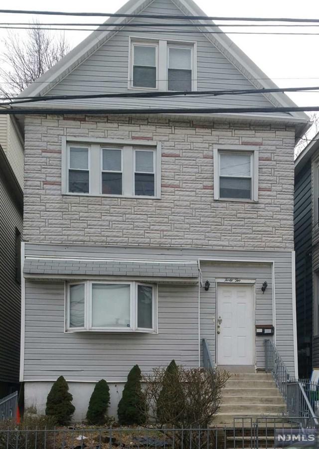 42 W 55th Street, Bayonne, NJ 07002 (#1905532) :: Berkshire Hathaway HomeServices Abbott Realtors