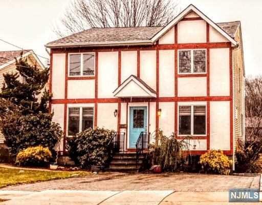 70 Fairfield Avenue, West Caldwell, NJ 07006 (MLS #1905684) :: William Raveis Baer & McIntosh