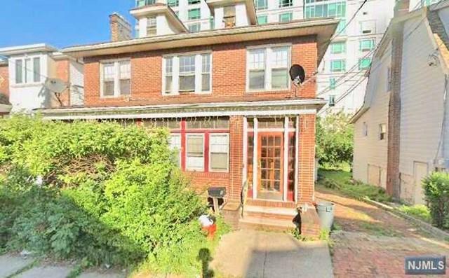 6 Glen Street, Cliffside Park, NJ 07010 (MLS #1905854) :: William Raveis Baer & McIntosh