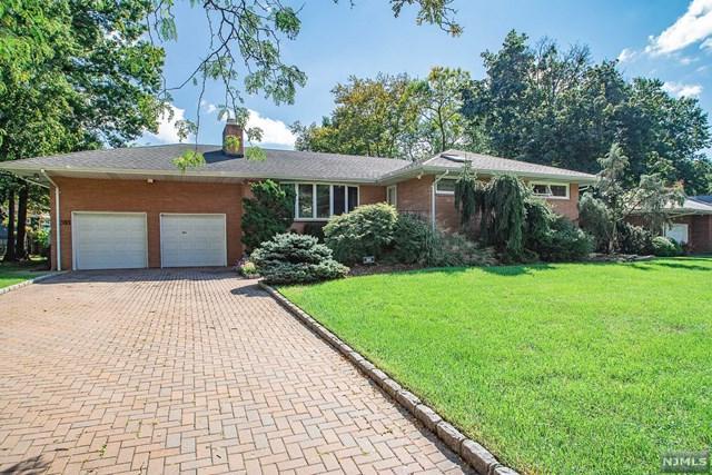 391 N Plaza Road, Fair Lawn, NJ 07410 (#1905929) :: Berkshire Hathaway HomeServices Abbott Realtors
