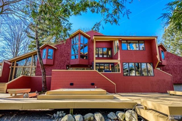 262 W Saddle River Road, Upper Saddle River, NJ 07458 (#1906076) :: Berkshire Hathaway HomeServices Abbott Realtors