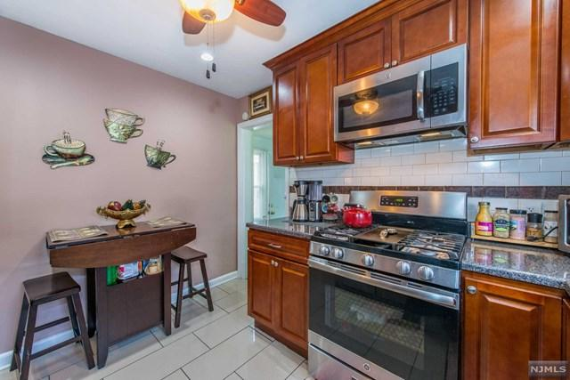 13-47 Edward Street, Fair Lawn, NJ 07410 (#1906211) :: Berkshire Hathaway HomeServices Abbott Realtors