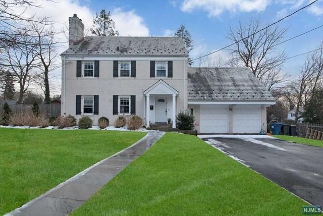 6 Stonehurst Drive, Tenafly, NJ 07670 (#1906524) :: Group BK
