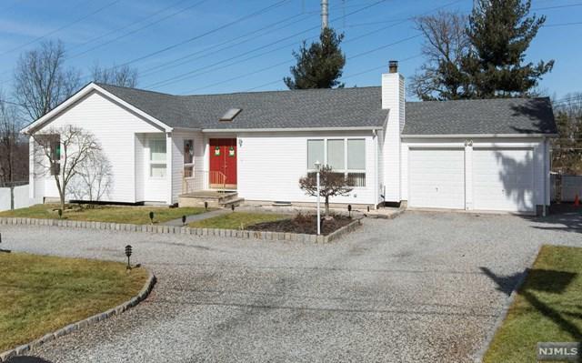 47 Oak Crescent Road, Little Falls, NJ 07424 (#1906549) :: Group BK