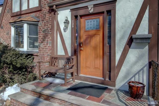 135 Longview Avenue, Leonia, NJ 07605 (#1906560) :: Group BK