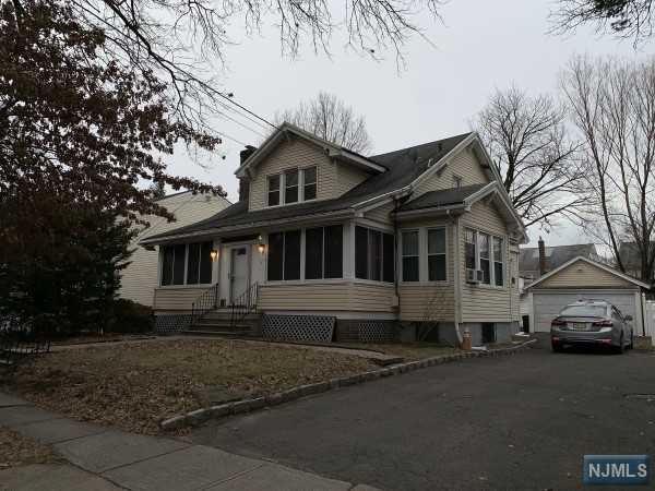 616 Irvington Avenue, Maplewood, NJ 07040 (MLS #1906835) :: Radius Realty Group