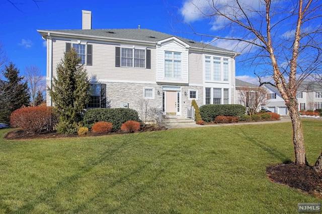 36 Schweinberg Drive, Roseland, NJ 07068 (#1907901) :: Berkshire Hathaway HomeServices Abbott Realtors