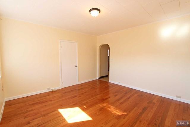 438 4th Street, Carlstadt, NJ 07072 (#1907977) :: Berkshire Hathaway HomeServices Abbott Realtors
