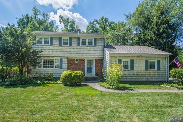 5 Phillips Lane, Roseland, NJ 07068 (#1908016) :: Berkshire Hathaway HomeServices Abbott Realtors