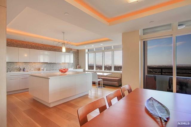 616 S Orange Avenue, Maplewood, NJ 07040 (MLS #1908232) :: Team Francesco/Christie's International Real Estate
