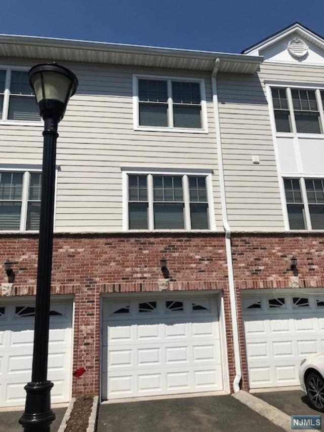 10 Terrace Avenue #7, Hasbrouck Heights, NJ 07604 (MLS #1908570) :: William Raveis Baer & McIntosh