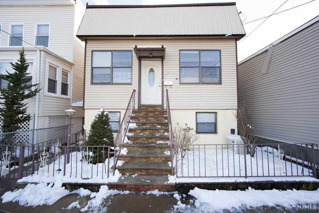168 Devon Terrace, Kearny, NJ 07032 (MLS #1909704) :: Team Francesco/Christie's International Real Estate