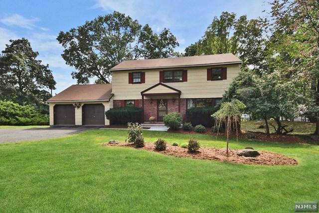 4 Glen Court, Hawthorne, NJ 07506 (MLS #1909723) :: Team Francesco/Christie's International Real Estate