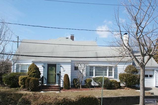 151 E Fort Lee Road, Bogota, NJ 07603 (#1910275) :: Berkshire Hathaway HomeServices Abbott Realtors