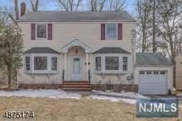 25 Mounthaven Drive, Livingston, NJ 07039 (MLS #1910392) :: Team Francesco/Christie's International Real Estate