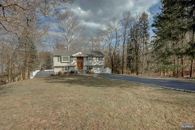 2 Thornton Drive, North Haledon, NJ 07508 (MLS #1910975) :: Team Francesco/Christie's International Real Estate