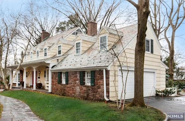 33 Vermont Drive, Paramus, NJ 07652 (MLS #1911020) :: Team Francesco/Christie's International Real Estate