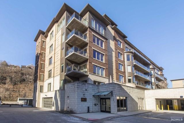 55 Eton Row #55, Weehawken, NJ 07086 (MLS #1911335) :: Team Francesco/Christie's International Real Estate