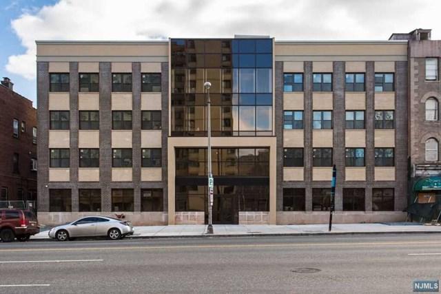 90-96 Clinton Avenue #304, Newark, NJ 07114 (MLS #1911378) :: Team Francesco/Christie's International Real Estate