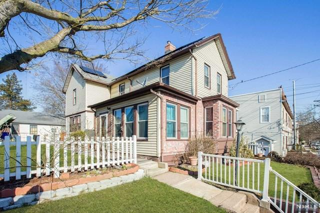 498-500 E 40th Street, Paterson, NJ 07504 (MLS #1911420) :: Team Francesco/Christie's International Real Estate