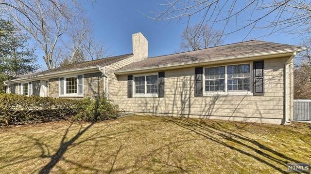 280 Alps Road, Wayne, NJ 07470 (MLS #1911481) :: Team Francesco/Christie's International Real Estate