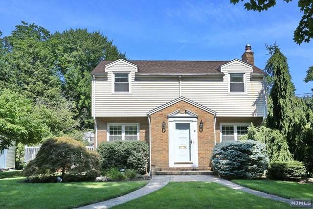 61 Rose Street, Cresskill, NJ 07626 (MLS #1911484) :: Team Francesco/Christie's International Real Estate