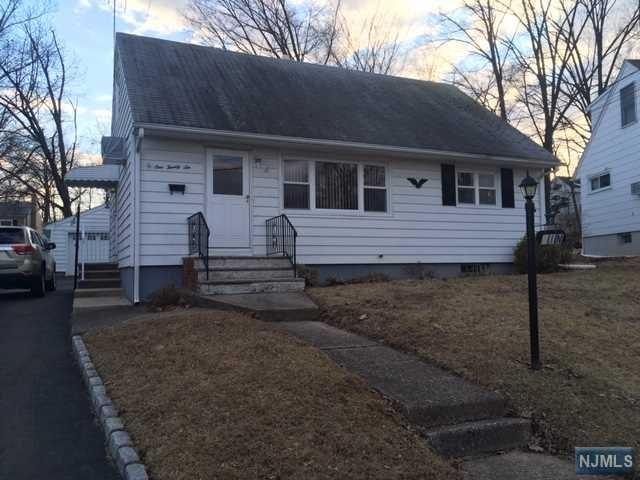 126 Highview Avenue, Totowa, NJ 07512 (MLS #1911666) :: Team Francesco/Christie's International Real Estate