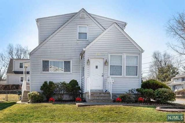 138 Williamson Road, Bergenfield, NJ 07621 (#1911932) :: Group BK