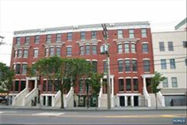 263 Grand Street B, Jersey City, NJ 07302 (MLS #1911964) :: Team Francesco/Christie's International Real Estate