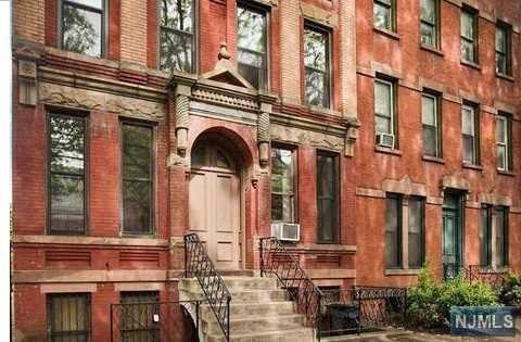 263 10th Street 3C, Jersey City, NJ 07302 (MLS #1912126) :: Team Francesco/Christie's International Real Estate